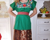 Mexican Blouse, Embroidered Blouse, Green Mexican Blouse, Peasant Blouse, Frida Kahlo size M