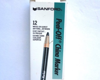 Box Of 12 White Peel Off China Markers Unused Grease Pencils Box Has Slight Wear