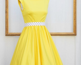 retro boat neck dress in yellow or any custom color - Pamela style