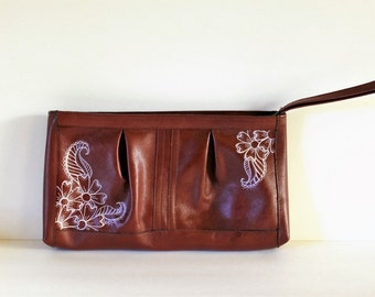Vintage leather Clutch with hand painted flowers / Vintage Purse / Prom Purse / Bridesmaid Gift