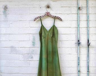 Small Lucy Larcom Vintage Slip/Green sundress/Fairy Dress/Bohemian Goddess/Vintage Dress/Mad Men/Vintage Dress/1970 dress/Vintage Lingerie