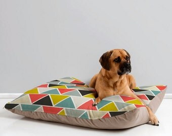 Modern Dog Bed // Pet Pillow // Dog Cushion // Animal Pillow // Modern Pet Bedding // Triangulum Design // Bold Geometric // Happy Pet