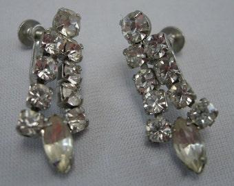 Art Deco 1940s Clear Rhinestone Dangle Screwback Earrings, Fashion 1940's, Dangle Rhinestone Earrings, Dress up Earrings, Wedding Earrings