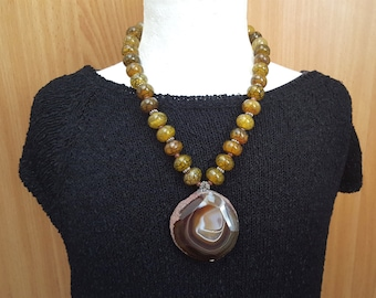 New Listing Sale...Gorgeous GlamRox Spider Agate Necklace. Perfect Jewelry Gift. Agate Necklace. Israel Jewelry.