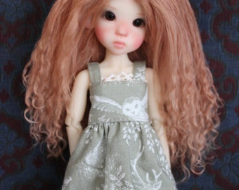 "Light Auburn mohair wig for Kaye Wiggs tiny ""illies"""