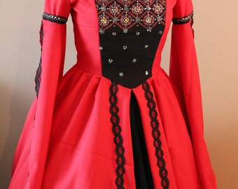 "Bust 41"" Red and  Black and Green Tudor Dress Ever After Renaissance Medieval Gown"