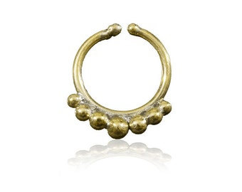 Fake Septum ring with Tiny Brass Balls Decoration, Nalilini Brass faux septum piercing, Tribal septum , Ethnic septum, Indian nose ring