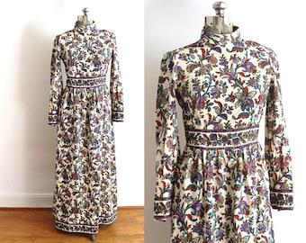 1960s Maxi Dress / 60s 70s Boho Paisley Floral Dress