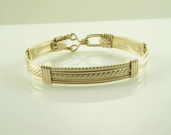 WSB-0164 Handmade 14k Gold Filled Wire Wrapped Bangle Bracelet