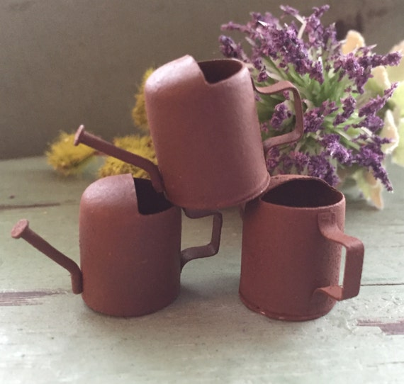 Mini Rusty Watering Cans,  3/4 inch, Packaged set of 3 pieces, Fairy Garden Accessory, Garden Decor, Primitives, Miniature Gardening