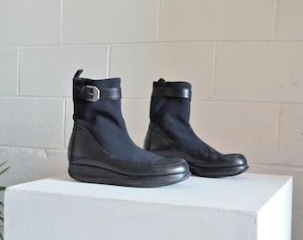 Vintage 1990s ANTEPRIMA modernist platform ankle boots / 7