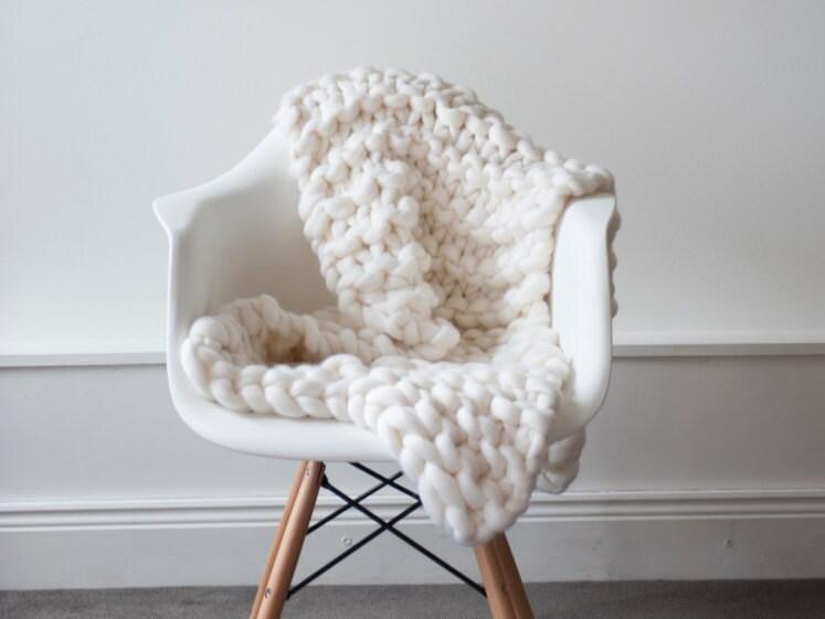 giant knit blanket luxury bed runner chunky knit throw merino wool blanket