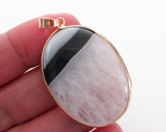 White Black Smooth Agate Pendant - Gold Frame With Bail Pendant - Double Sided Oval Stone - Semipricious - DIY Jewelry - With/Without Chain