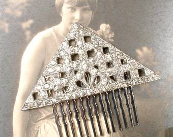 Bridal Hair Comb, 1920s Flapper Rhinestone Art Deco Triangle Clear Crystal Dress Clip Roaring 20s Hairpiece, Silver Antique geometric