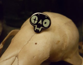 Glow in the Dark skulls hard enamel lapel pin