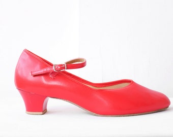 red mary jane pumps / vintage mary janes / size 10