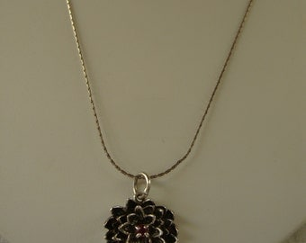 Vintage RUBY STONE Flower Pendant Necklace Pendant Hallmarked VF 925 Italian Silver Chain Hallmarked 925 Italy Red Stone Necklace