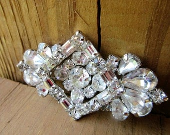 Weiss Early Art Deco Impeccable Brooch Glass Rhinestoned