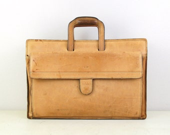 Hartmann Vintage Tan Color Distressed  Leather  Briefcase , Vintage Leather Briefcase