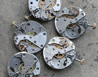 Vintage watch movements -- set of 5 -- D14