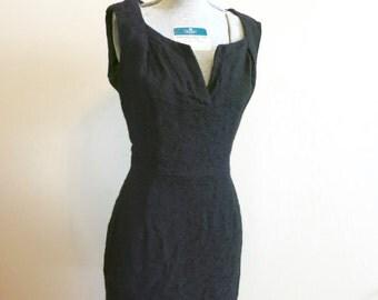 Little black dress WIGGLE pencil 1950s vintage textured knit portrait collar M