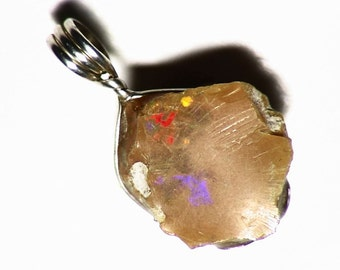 Brown Ethiopian Welo Opal Pendant in Sterling Silver (6.2 Ct.)