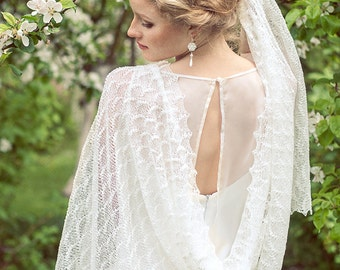 White Shawl Wedding Stole Bridal Stole Linen Scarf Lace Shawl Knitted Cover Ups Beach Weddings Stole Lightness on Shoulders