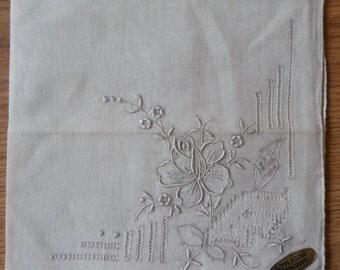 Fine Linen Embroidered Handkerchief Hankie New Old Stock