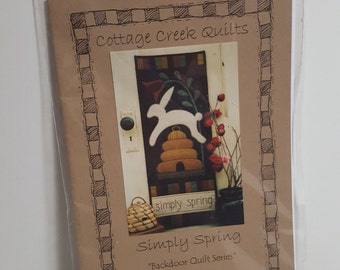 Pattern, applique quilt, wall decor, Backdoor Quilt series,