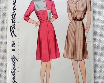 Vintage Pattern Simplicity 1425 1940s shirtwaist dress Bust 34 Color Block flared skirt post war era