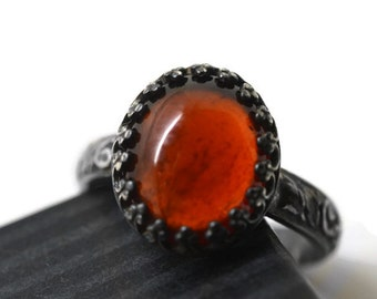 Renaissance Garnet Ring, Oxidized Silver Oval Hessonite Garnet Statement Ring, Burnt Orange Autumn Russet Gemstone Jewelry, Floral Band