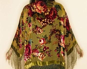 Rambilin' Rose Short Devore Floral Stevie Bell Sleeve VELEVT BURNOUT Fringe Silk Gypsy Kimono-Olive One Size