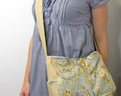Cross body purse blue pleats side pockets for women