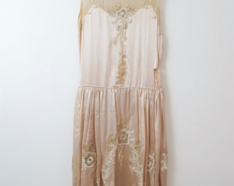 1920s White Silk Beaded Flapper Dress As Is