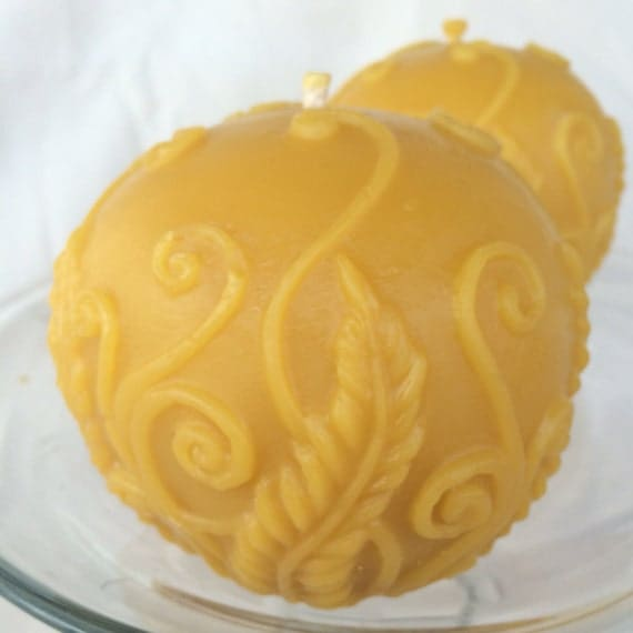 Fern Ball / Sphere Beeswax Candle - Vines, leaves, fern fronds