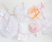 Shop this pic! Crochet garland, garland perfect and easy party decor with vintage crochet doilies and embroidered Vintage handkerchiefs