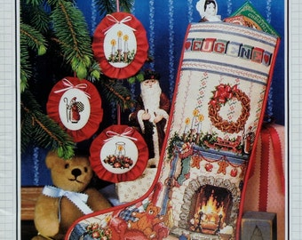 Better Homes & Gardens HOME For CHRISTMAS Heirloom Christmas STOCKING - Counted Cross Stitch Pattern Chart - fam