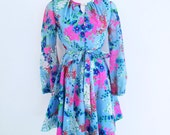 1960s Bright Floral Mini Dress Belted Waist Keyhole Neck Handmade Womens Vintage Small