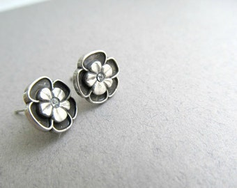 Hawaiian Flower Stud Earrings, Hawaii Rhinestone