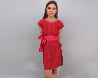 Vintage 60s Hawaiian Dress, Pink and Red Dress, Ethnic Dress, 60s Shift Dress, Tribal Dress Δ size: sm