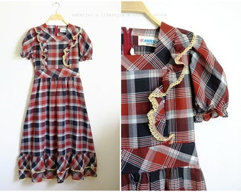Vintage Country Maxi Dress /Red /Black/cottage chic