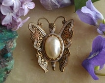 Vintage jelly belly butterfly brooch Spain