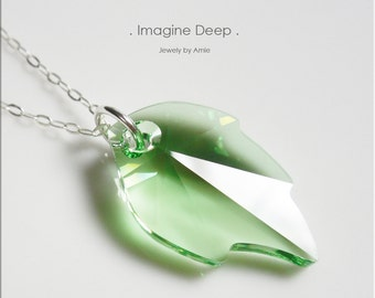 Necklace Pendant 18 Inch Sterling Silver Leaf Crystal - Peridot Light Green Chartreuse Faceted Swarovski Crystal - Also in 20 and 22 inches