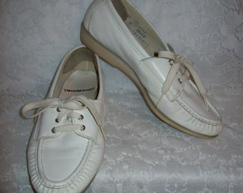 Vintage Ladies White Leather Oxfords Nursing Shoes by I Love Comfort Size 8 Only 8 USD