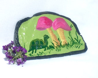Cute Turtle Magnet, Mushroom Painting, Hippie Magnet, Decorative Slate, Fridge Magnet, Office Magnet, Nature Magnet, Miniature Art