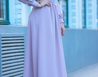 Pleated maxi dress with silver embroidery on belt