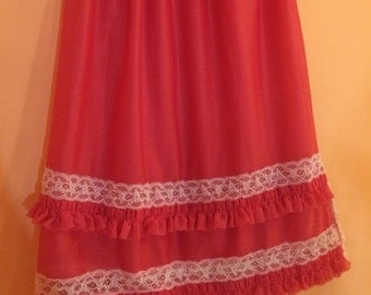 1950 Vintage coral half slip with white lace