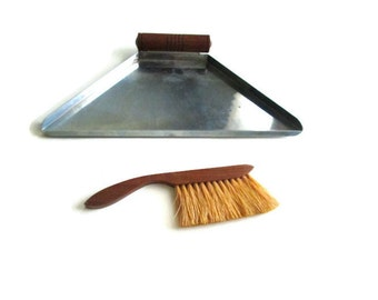 Art Deco Crumb Catcher 1930s with Horsehair Brush Wood Steel
