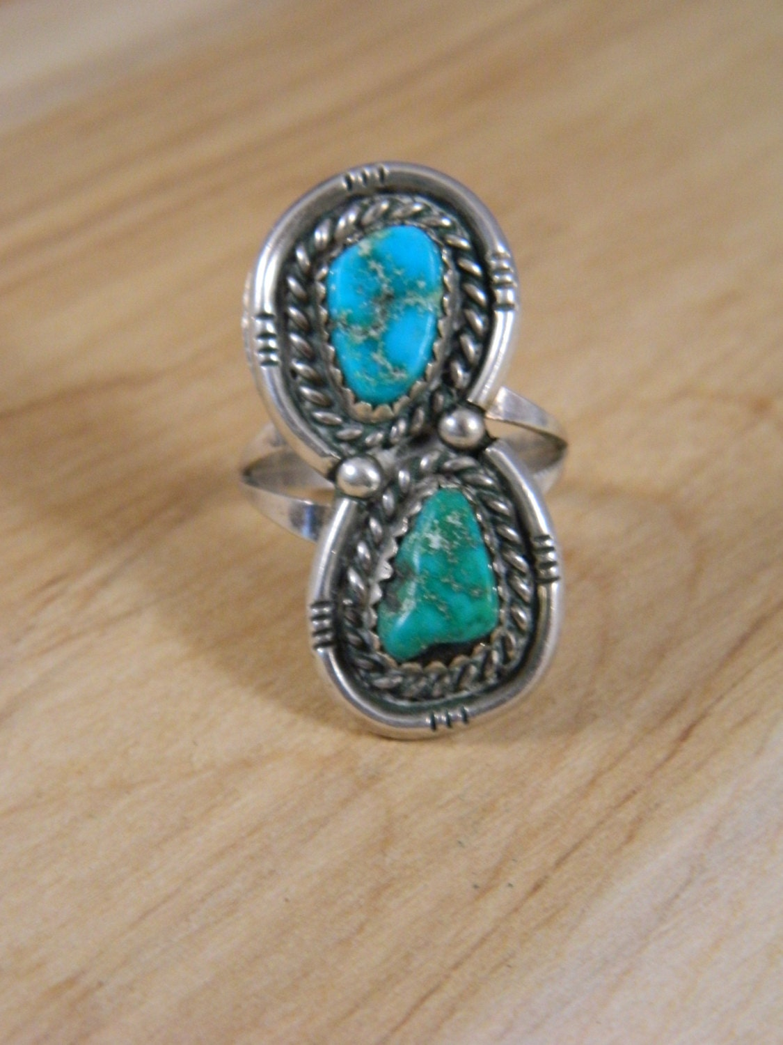 10 Kitchen And Home Decor Items Every 20 Something Needs: Vintage Turquoise Double Stone Ring / Sterling Silver Green