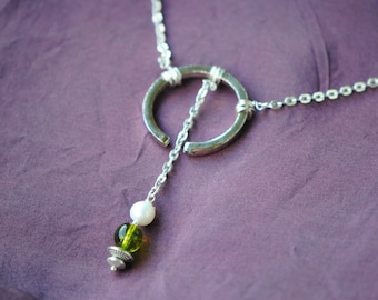 Silver Peridot Pearl Necklace | Silver Toned Partial Circle | Green Peridot | Gemstone Necklace | Silver Chain | Modern Necklace | Pearl